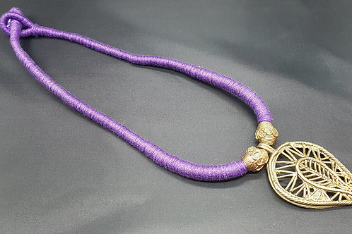 Dokhra necklace in purple thread