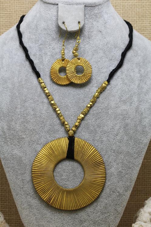 Vintage finish brass finish necklace