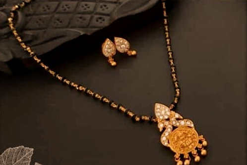 Delicate Mangalsutra set