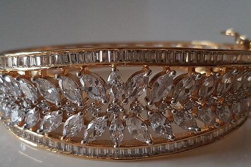 Bracelet with CZ diamonds