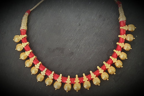 Red Thread Necklace Thushi  - 1