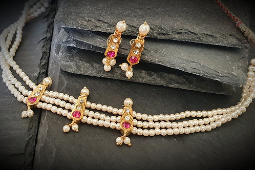 Traditional Maharashtrian Necklace - Chinchpeti