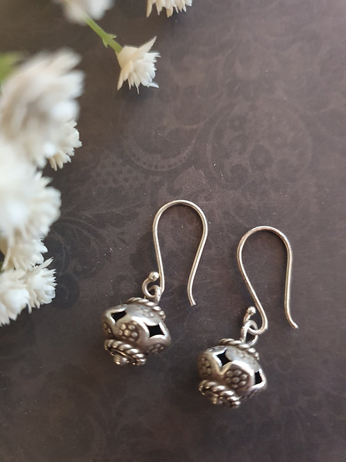 Delicate 925 silver earrings
