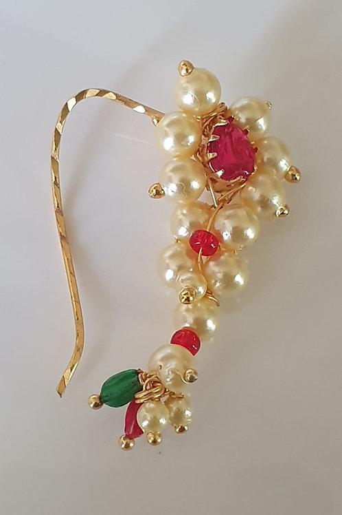 Maharashtrian Traditional nath/nosepin