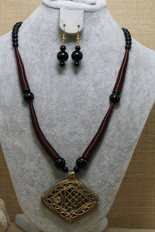 Handmade dokhra and copper necklace