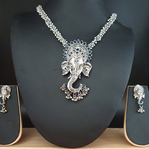 Lord Ganesha Necklace with earrings