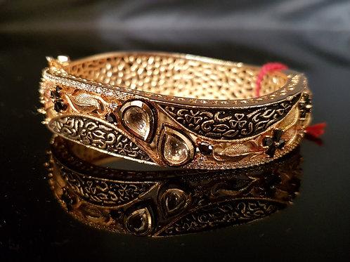 Antique finish kundan and Cz bracelet (Openable)