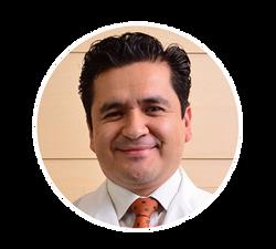 Dr. Edgar Villagomez