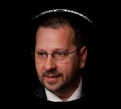 Dr. Fernando Gil