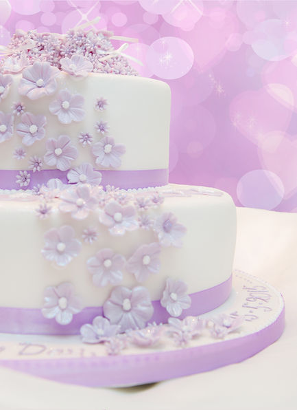 Unique designed christening cakes by Linda Hofmann