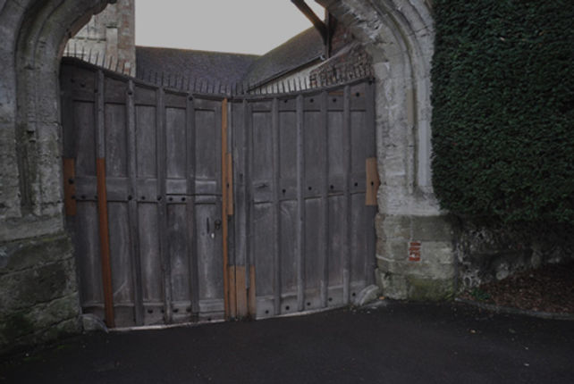 gates-1.jpg