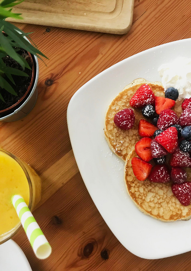 Pandcakes and Fruit