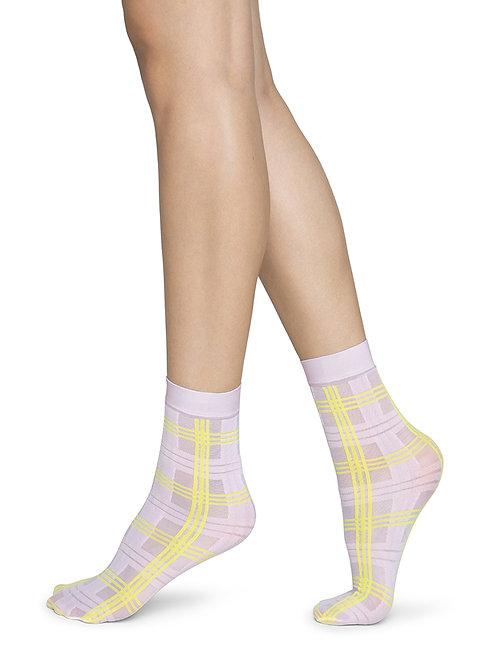 Greta Tartan Socks Pink