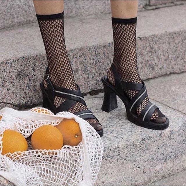 Swedish Stockings Vera Fishnet Socks Black
