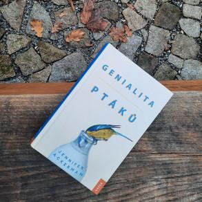 Geniálně podivná kniha o ptácích
