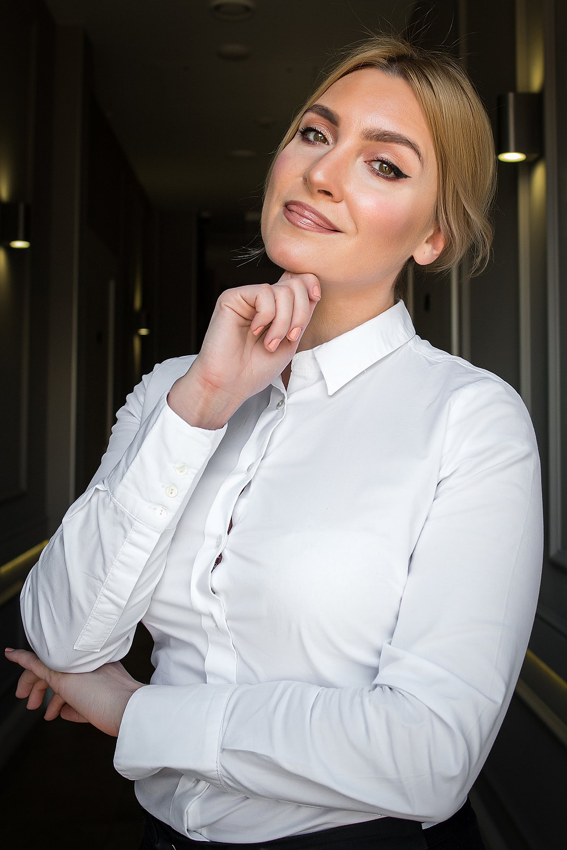 Тамара Слепченко - основатель школы макияжа Make Me Up Studio and School