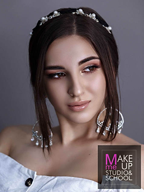shkola-makiyazha-v-Odesse-Make-Me-Up-Stu