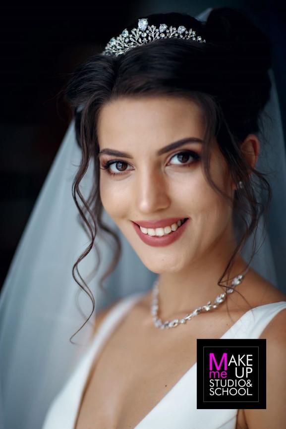 makiyazh-na-svadbu-v-odesse-make-me-up-o