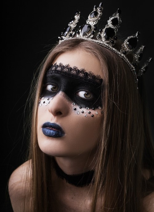 Работа ученицы курса творческого макияжа