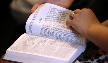 bible-image-us.jpg