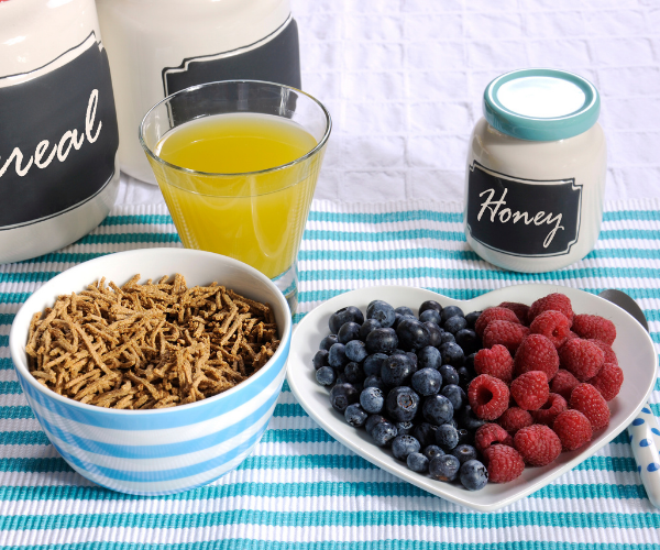 Eating a diet with lots of fiber and hydrating properly can prevent or help constipation.