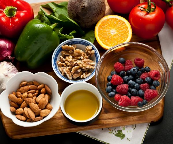 Following an anti inflammatory food diet can help slow down degenerative disc disease.