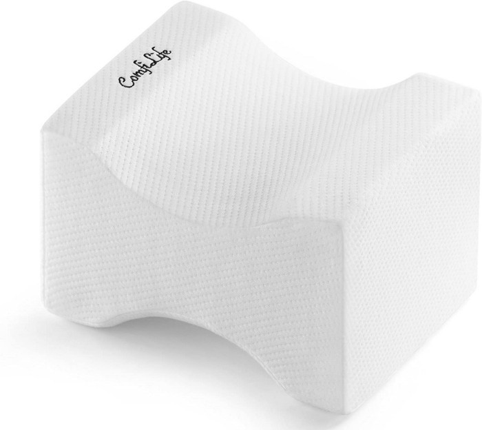 This ergonomically designed knee pillow fits comfortably between your knees and provides maximum support and comfort at night, helping to relieve sciatica pain and pressure on the lower back.