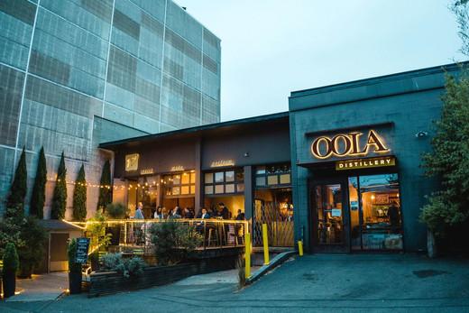 10 Degrees & OOLA Distillery