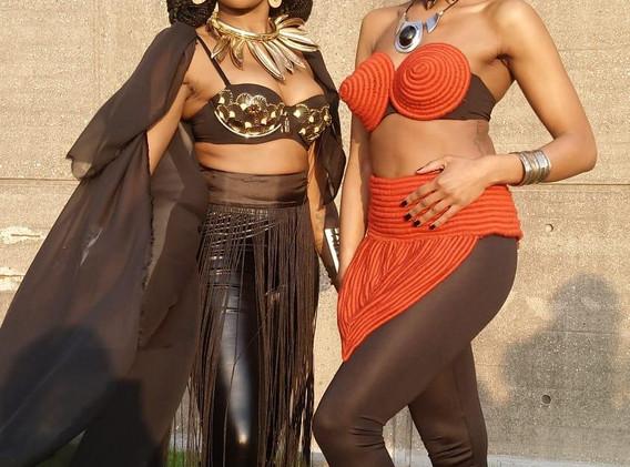 duo black queens unesco.jfif