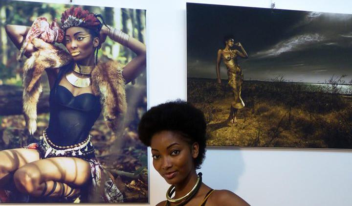 Assina Obela - wax a wonderful world