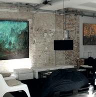 allestimento in apartamento privato a milano con produzione di quadri e punti luce