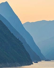 Yangtze Morning .jpg