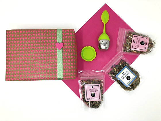 Mothers Day Hearts & Flowers Gift Box