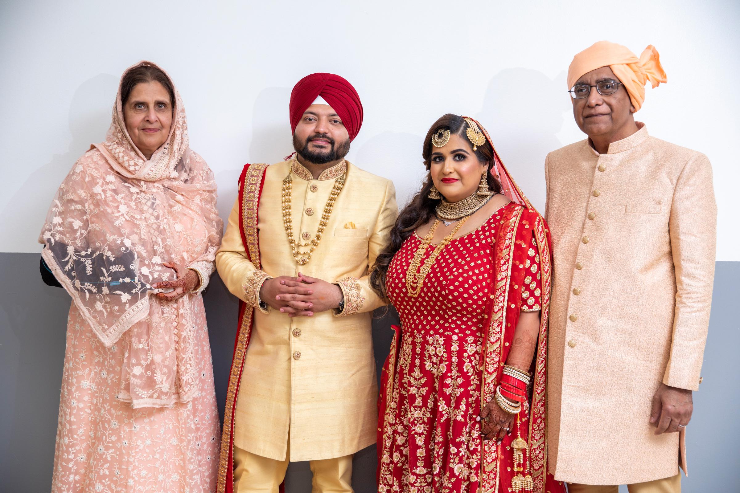 WEDDING  (604)