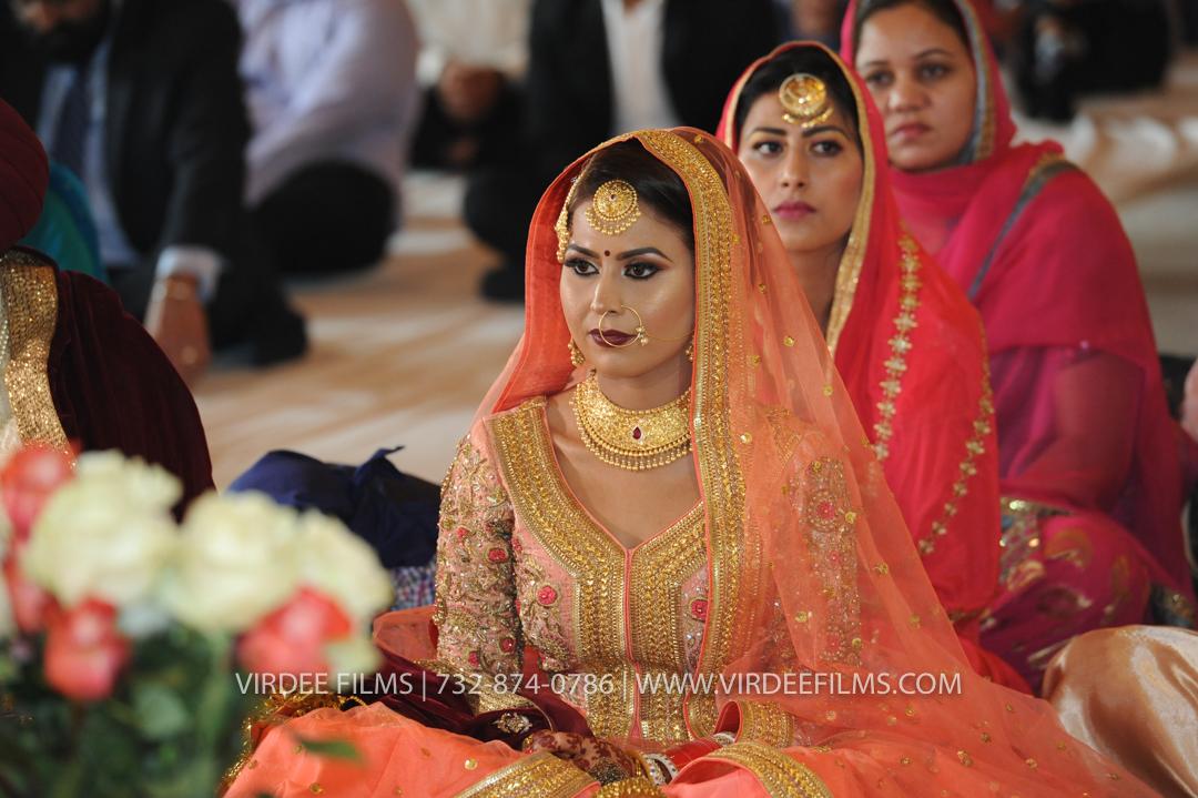 WEDDING  (910)