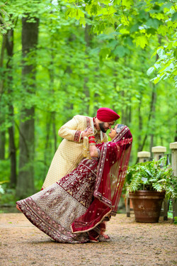 LOVE WEDDING  (1)
