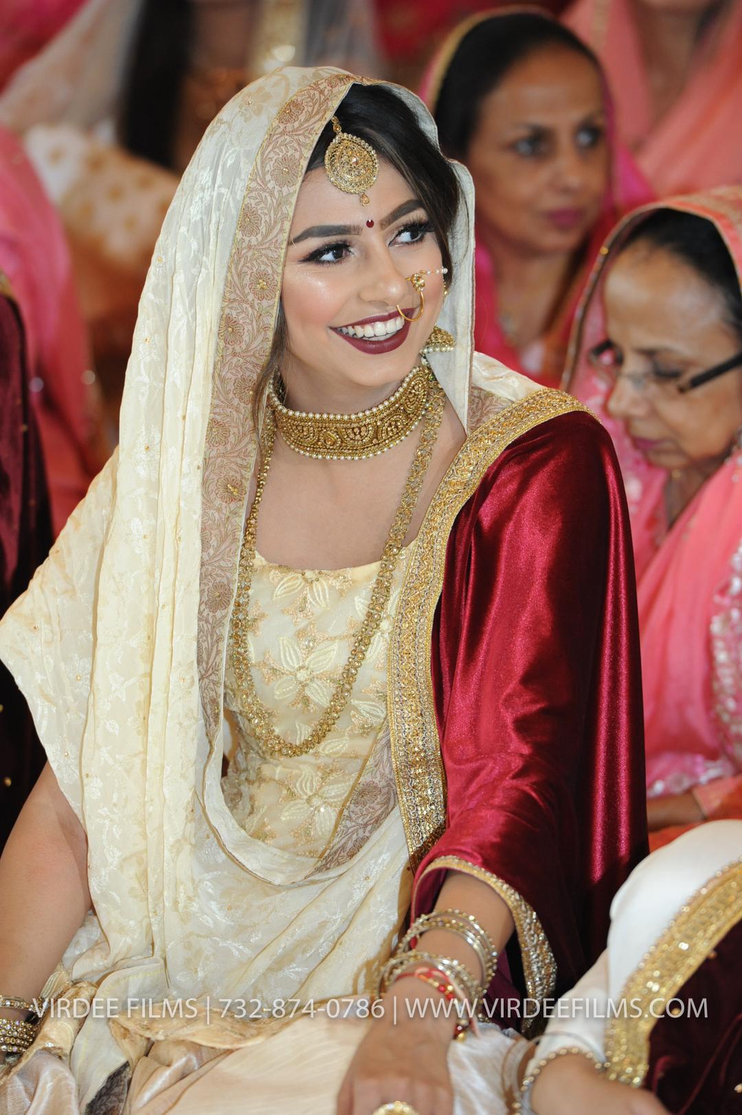 WEDDING  (897)