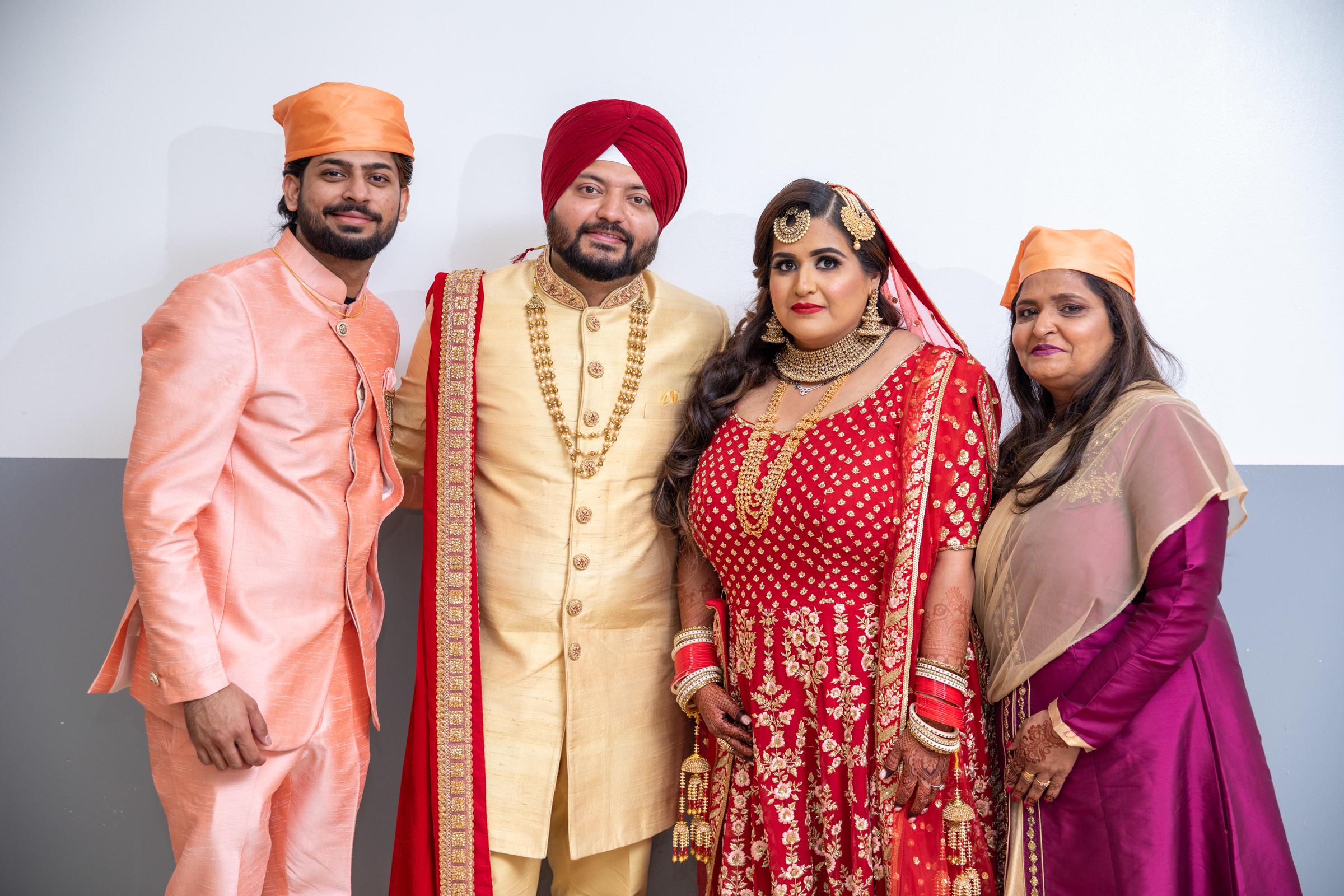 WEDDING  (600)