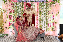 LOVE WEDDING  (1089)