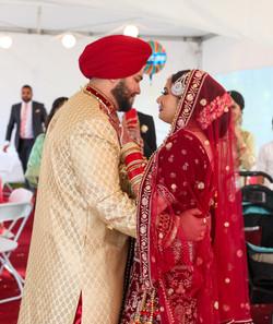 LOVE WEDDING  (1150)