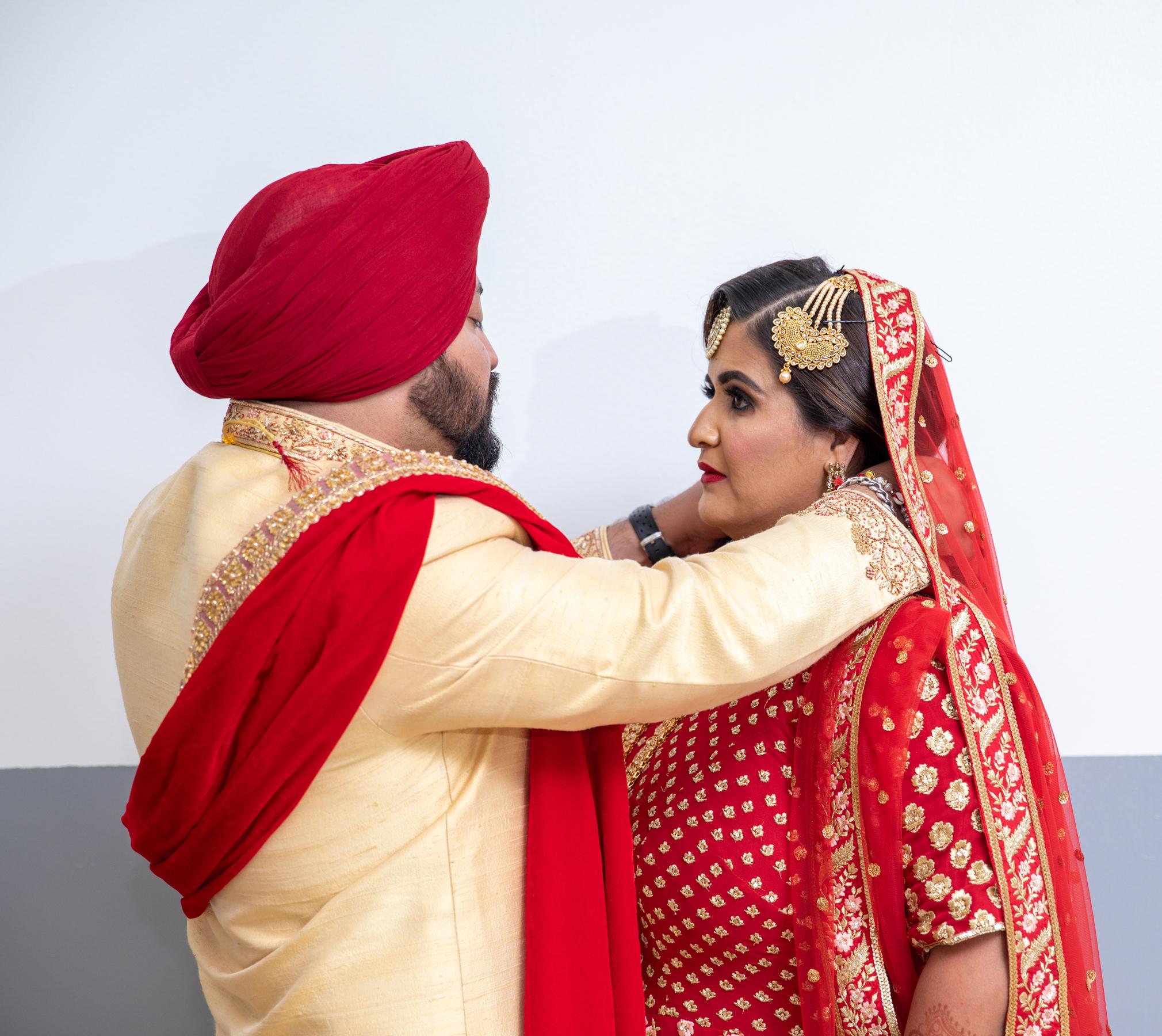 WEDDING  (596)