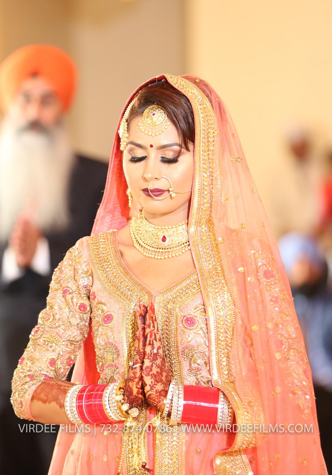 WEDDING  (717)