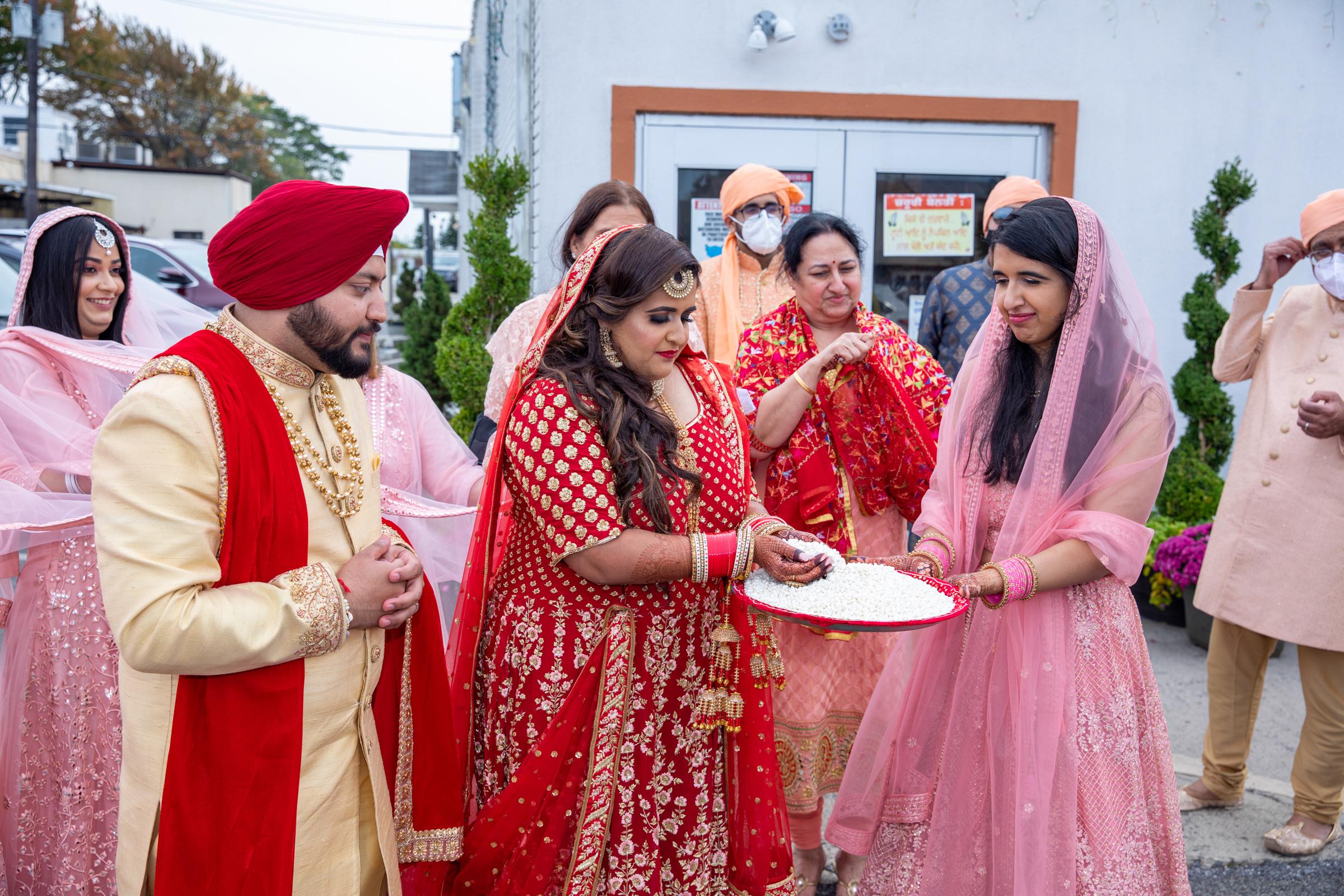 WEDDING  (654)