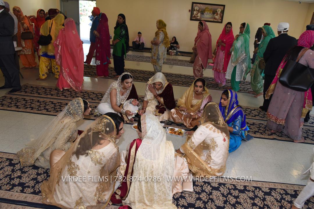 WEDDING  (583)