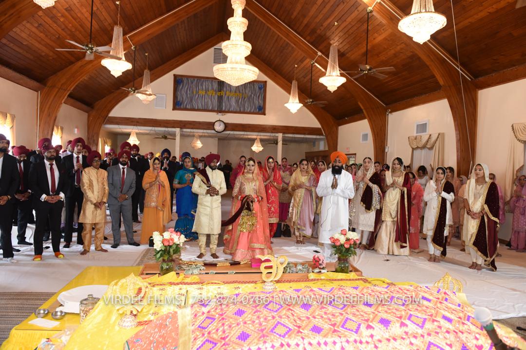 WEDDING  (881)
