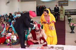 LOVE WEDDING  (622)