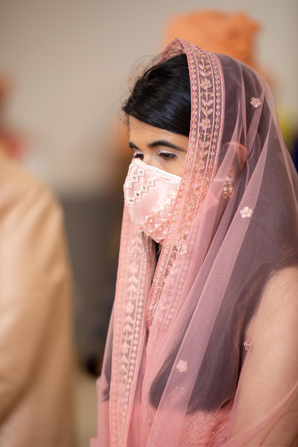 WEDDING  (551)