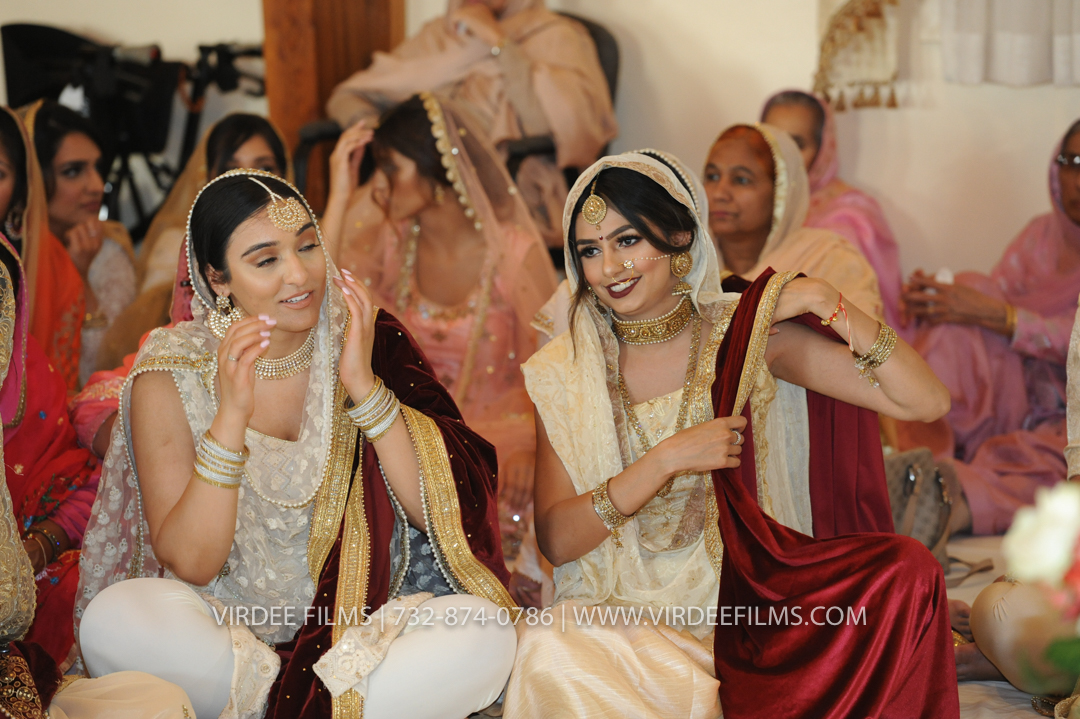 WEDDING  (663)