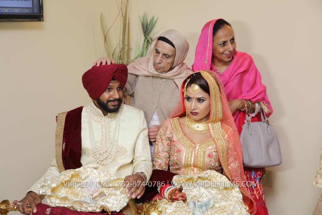 WEDDING  (942)