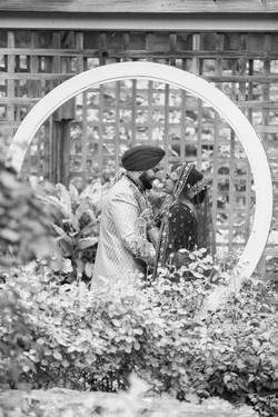 LOVE WEDDING  (2)